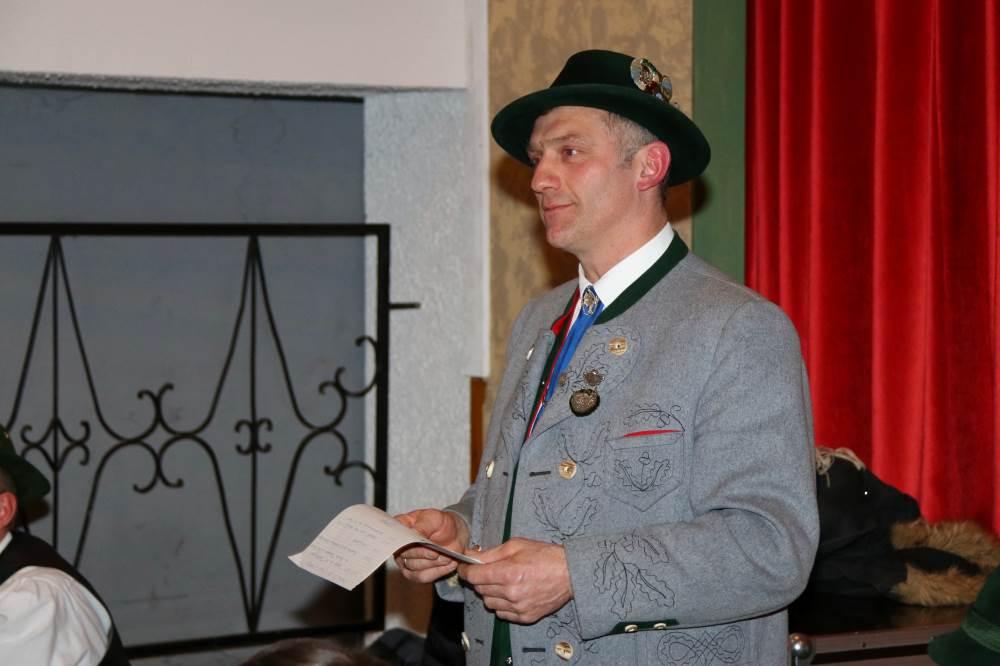 Vorstand Robert Stahuber bei der Begrüßung